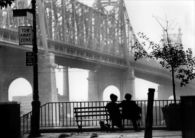 manhattan-woody allen bridge