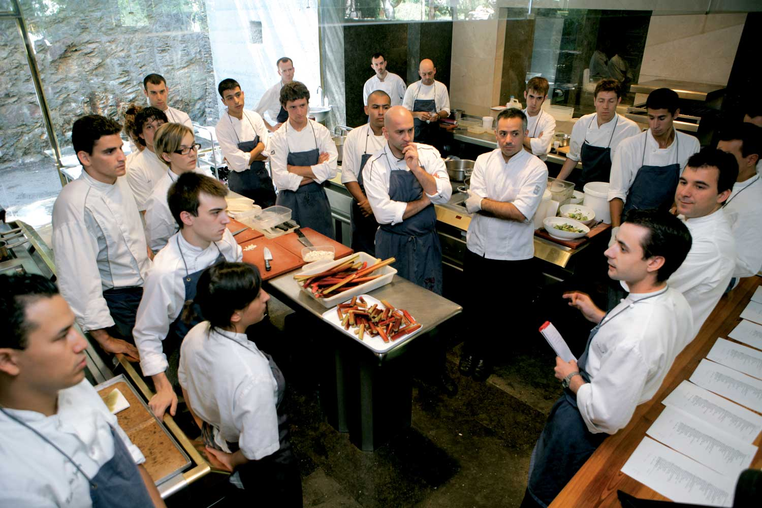 elbulli_kitchen_team